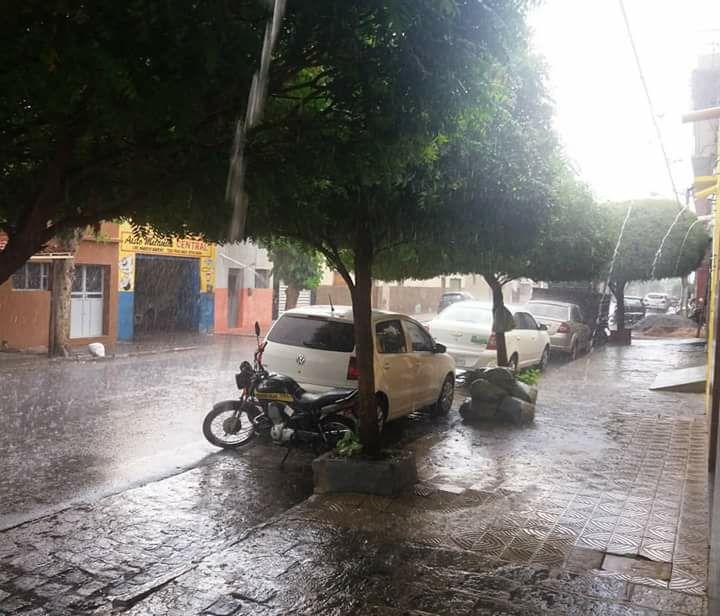 Algumas informações sobre a chuva de ontem em Patos. Confira alguns dados pluviométricos