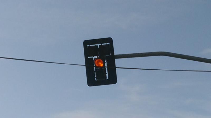 Motoristas reclamam desatenção de governo na sinalização de Patos; veja