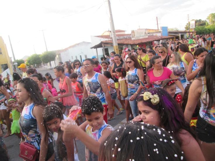 Hoje tem bloco infantil na rua. Confira a programação do Carnaval para hoje, em Patos