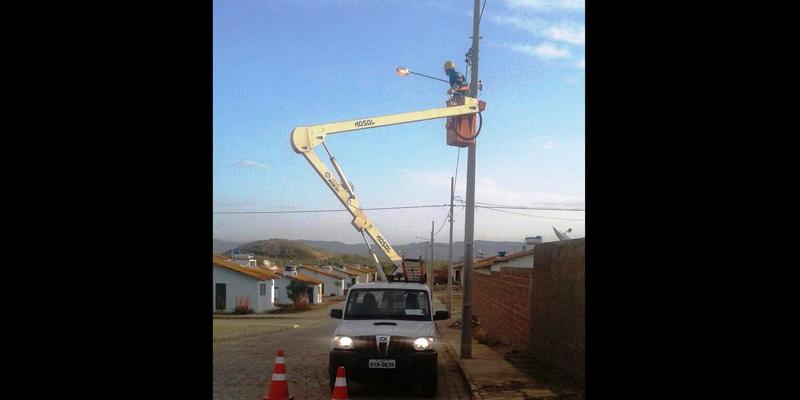 Prefeitura intensifica correção de problemas de iluminação pública