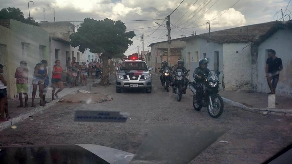 Polícia estoura