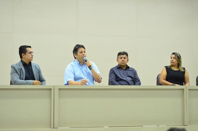 Prefeitura de Patos assina convênios com as FIP
