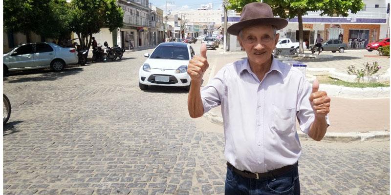 Aos 93 anos, morre Zeca da Encarnação, sanfoneiro e político do Vale do Piancó