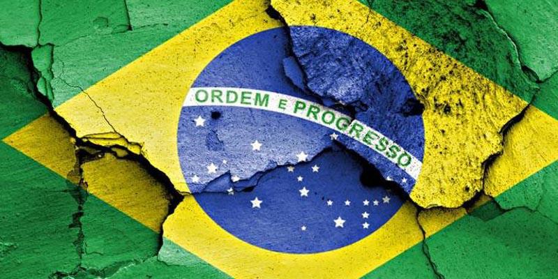 A Implosão Político-Econômica Brasileira