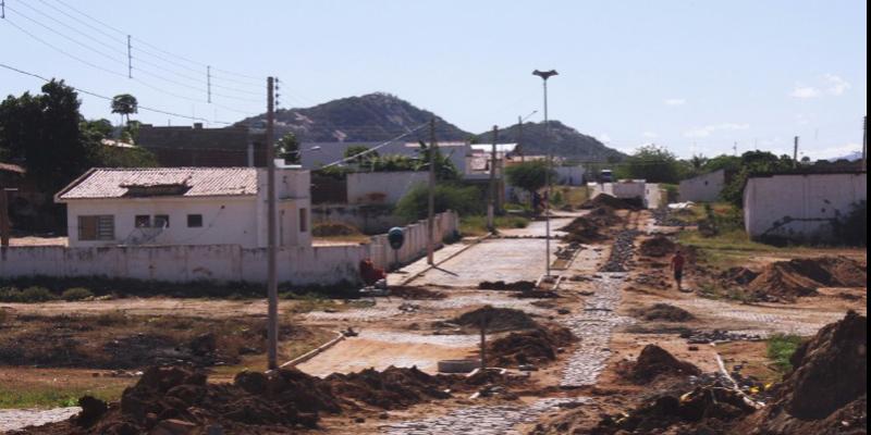 Quixaba será contemplada com R$ 500 mil para obras de pavimentação