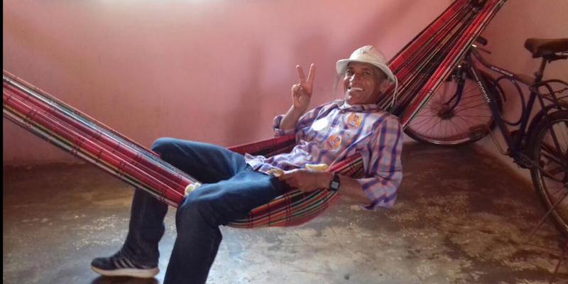 Sapateiro Antônio Gobira, de Cajazeiras, vai à Brasília pedir o impeachment do presidente Temer