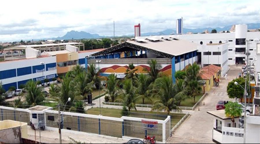 Com conceito 4, MEC avalia credenciamento da FIP como Centro Universitário