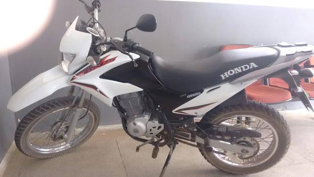 Polícia de Teixeira apreende três motocicletas clonadas em Matureia