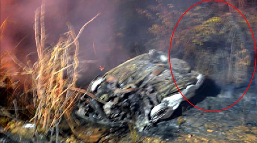 Internautas veem suposta imagem de Santa em foto de carro incendiado na PB-400