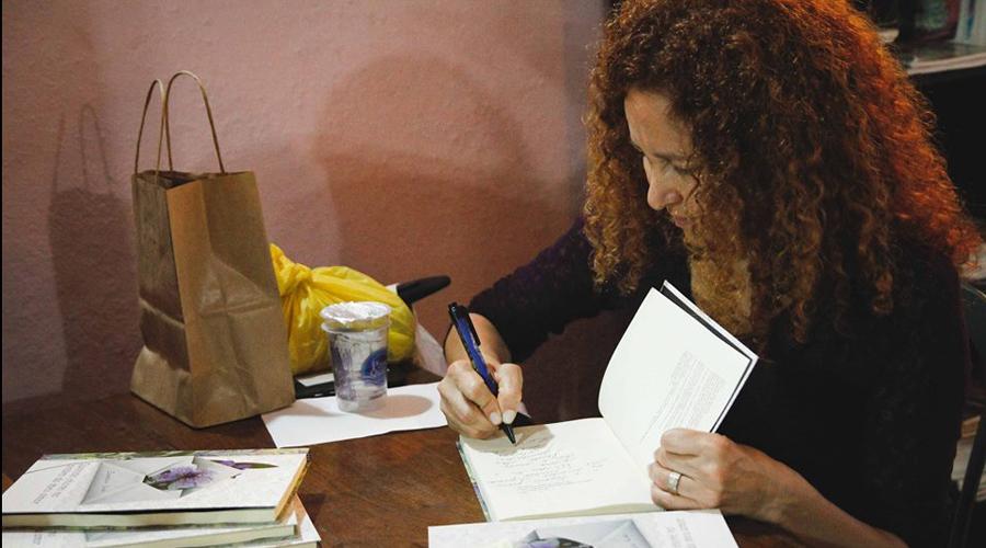 Escritora Zenilda Lua lança seu novo livro em Patos em janeiro