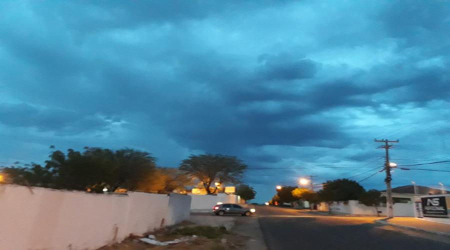 Previsão para hoje é de mais chuva em Patos. Veja mais índices das chuvas de ontem