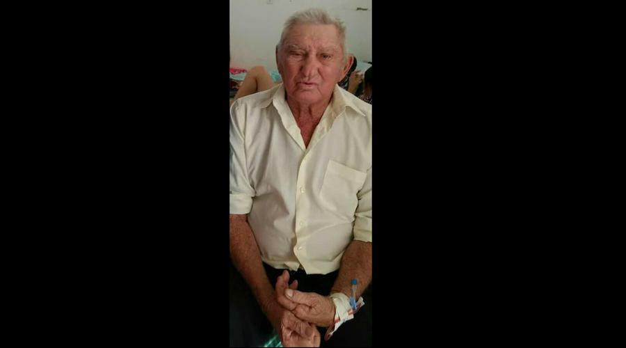 Familiares e amigos dão o último adeus ao aposentado Vicente Alves dos Alves, em Patos