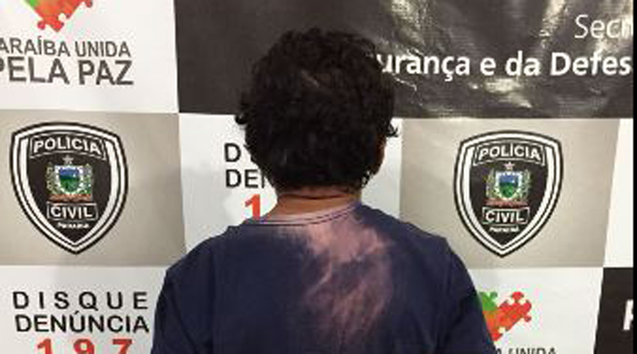 Acusado de matar homem por causa da mulher se entrega à Polícia em Patos