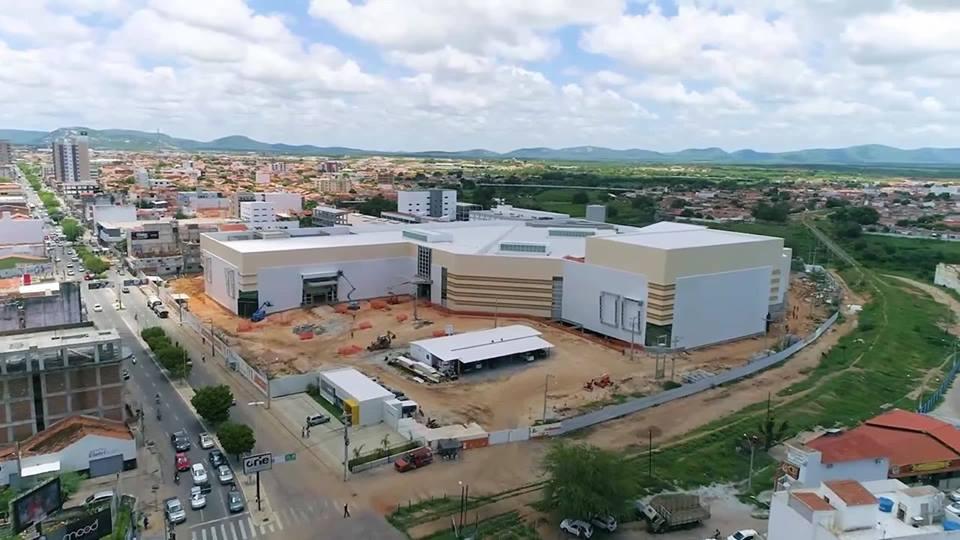 Inauguração do Shopping Patos é adiada para abril de 2019