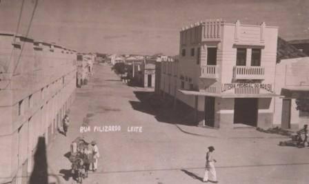 Foto antiga da Rua Felizardo Leite, em Patos