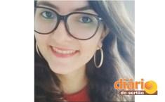 Élis Cristiane Fernandes, de 30 anos, morreu em grave acidente (foto: arquivo pessoal)
