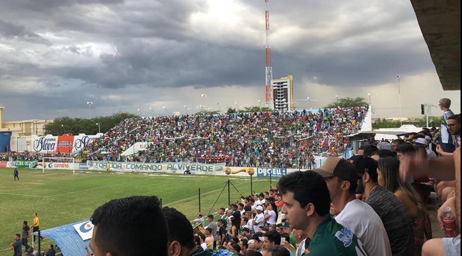 Nacional vence o Esporte por 2 a 1
