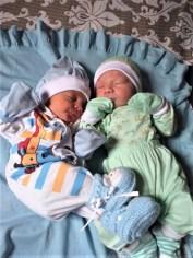 José Vinicius e David Miguel, tio e sobrinho nasceram com dois dias de diferença