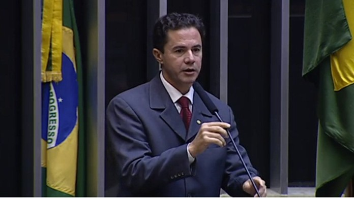 Justiça condena Veneziano à perda de mandato e à suspensão dos direitos políticos