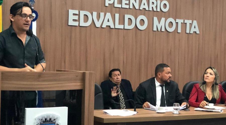 Deleon Souto participa de Sessão Ordinária para prestar contas do seu trabalho na FUNDAP