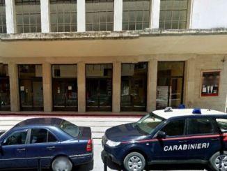 Contraffazione carabinieri sequestrano oltre duecento capi denunciato ambulante a Foligno