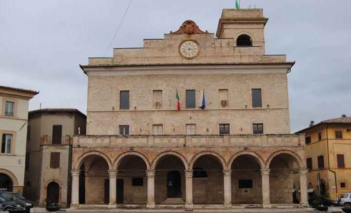 Montefalco, vertici PD chiedono piano riequilibrio o sindaco si dimetta