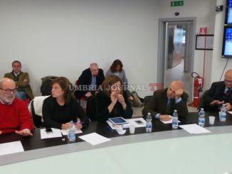 Terremoto, incontro tra giunta e consiglieri al centro protezione civile di Foligno
