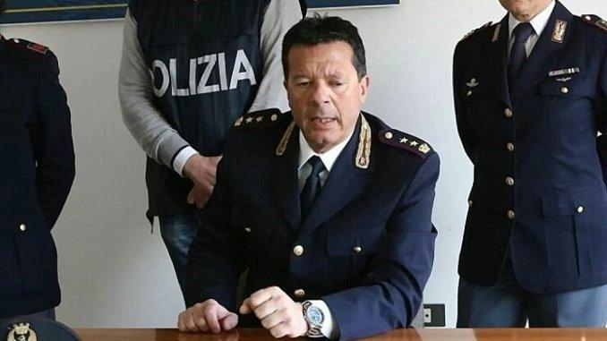 Esplosioni pericolose, accende fuochi senza autorizzazione, denunciato dalla Polizia di Foligno