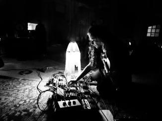 Cherry Bomb, allo Zut di Foligno (4 maggio) la violinista Jessica Moss