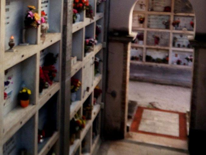Foligno, cimitero centrale, consegnati a ditta i lavori per messa in sicurezza reparto A