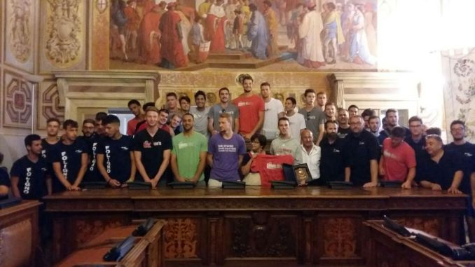 Volley, squadra statunitense Lewis University a Foligno in Comune