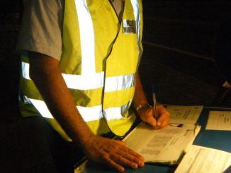 Polizia municipale controlli notturni con etilometro a Foligno, due patenti ritirate