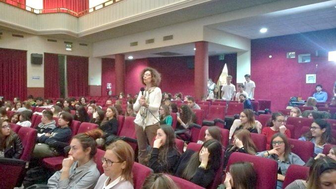 Licei di Foligno Frezzi e Beata Angela progetto comune per la scuola