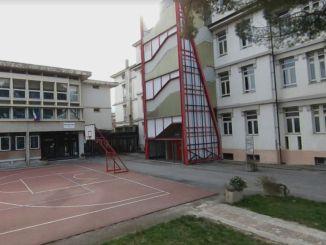 Ricostruzione, Farabollini in visita alla scuola media Carducci di Foligno