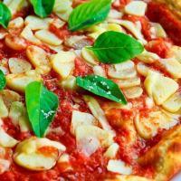 """Bevagna, torna il """"Festival della pizza al piatto"""" (19-28 luglio)"""