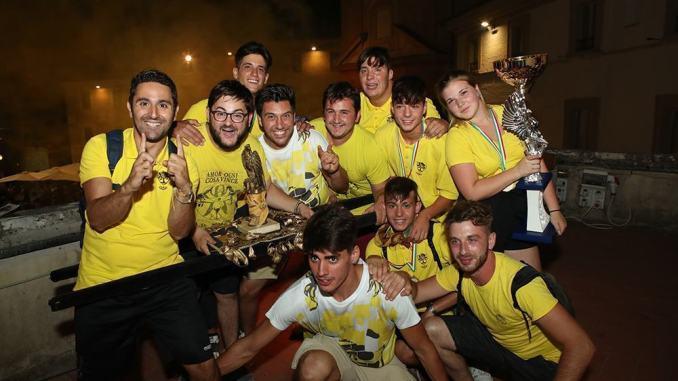 Corsa dei Bovi Montefalco quartiere San Fortunato vince Falco d'Oro
