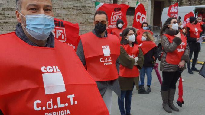 Spettacolo, lavoro si paga, lavoratori protesta a a Foligno 17 aprile alle 11
