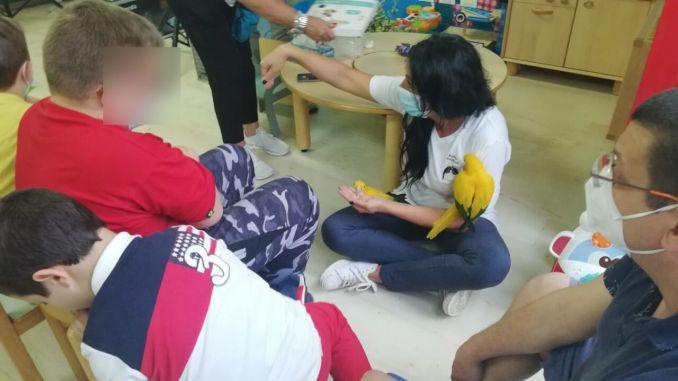 Centro ABA L'Edera iniziato l'avvicinamento agli animali ai bambini autistici