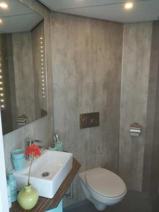 Afwerken badkamer zeilschip