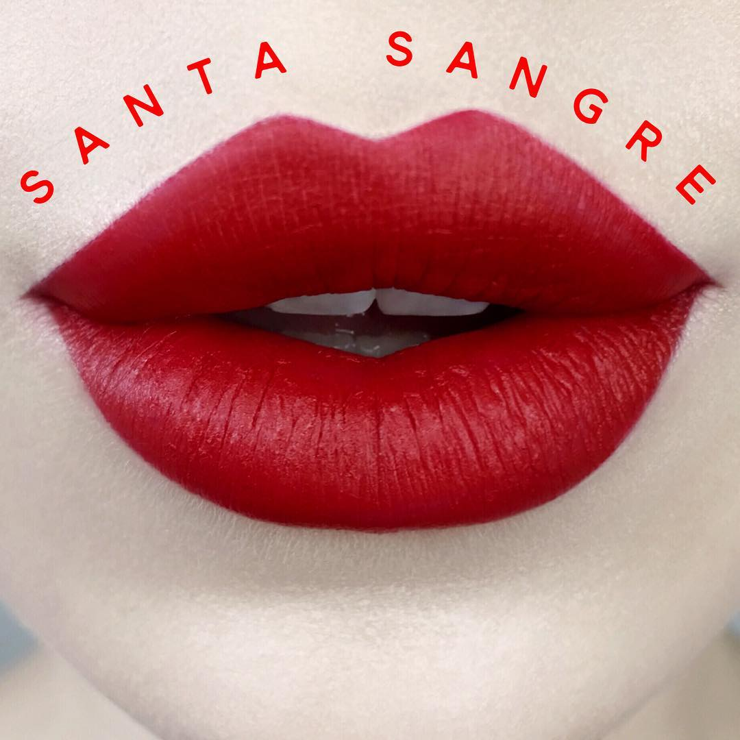 kat-von-d-studded-kiss-santa-sangre-swatch