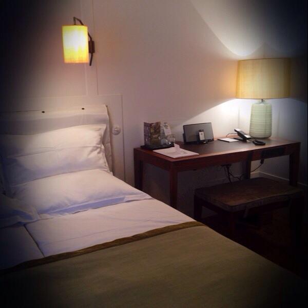 tested by fyt die schnelligkeit und langsamkeit des seins louis hotel in m nchen follow. Black Bedroom Furniture Sets. Home Design Ideas