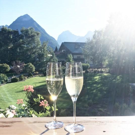 welcome-drink-hotel-achensee-tirol