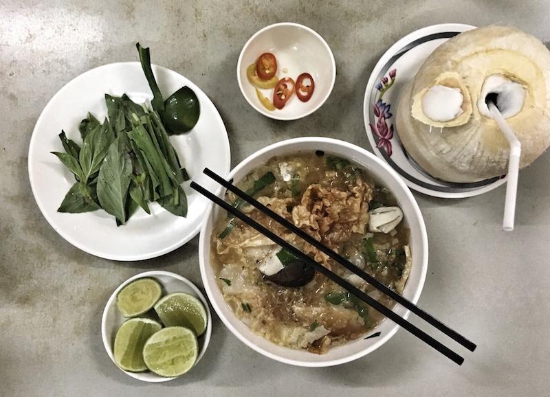 pho restaurant ho chi mingh