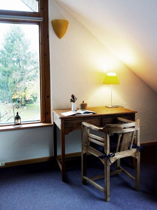 Schreibtisch-Hotelzimmer