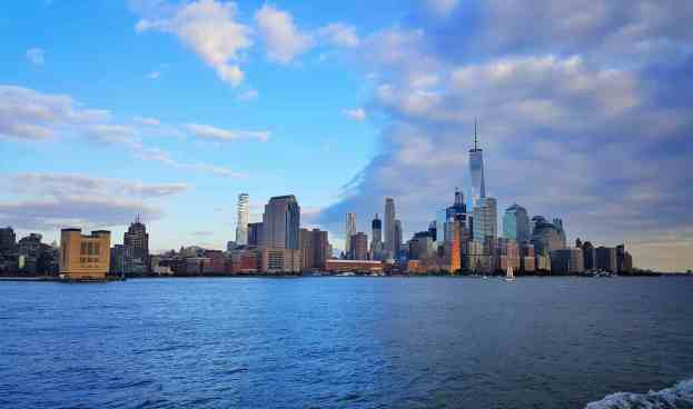 Is the New York Pass Worth It For Budget Travelers? | New York City Travel Tips | New York City On A Budget | Follow Me Away Travel Blog | What To Do In NYC