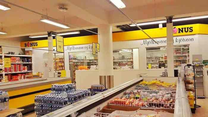 Is it safe to go grocery shopping? Here's what local stores are doing