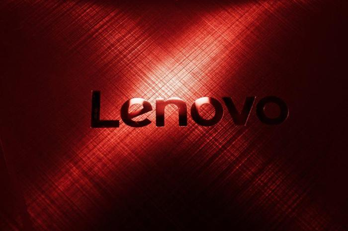 The Best Laptop For Photo Editing On The Go: Lenovo Y900 - Follow Me