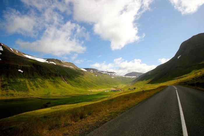 5 Things To Know About Driving In Iceland