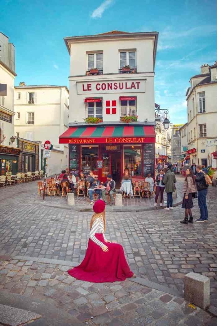 Le Consulat Cafe In Paris | Rue Norvins Street In Paris | Best things to do in Paris | paris travel tips