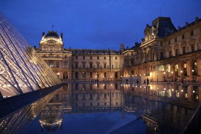 Stroll Around The Louvre Pyramids During Sunset in paris